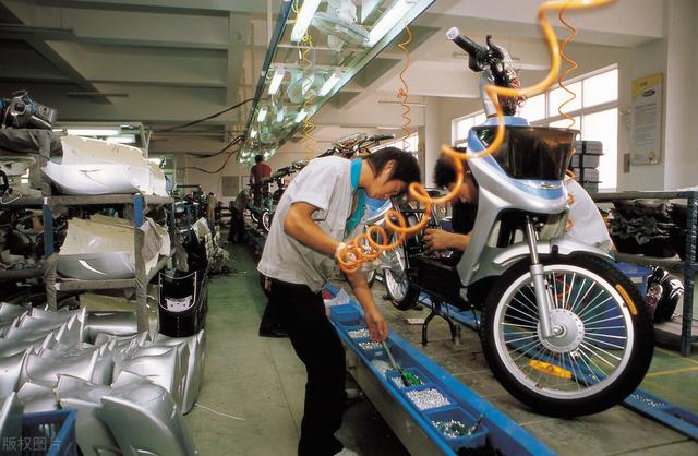 摩托车市场不断萎缩,为何摩企数量却年年在增加?