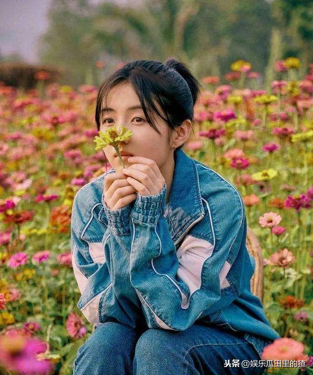 张子枫北电艺考全国第三!但她发的动态告诉你什么叫低调