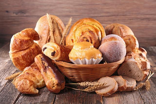 去面包店买面包,最好别买这5种,烘焙师:只有不懂的人才会吃