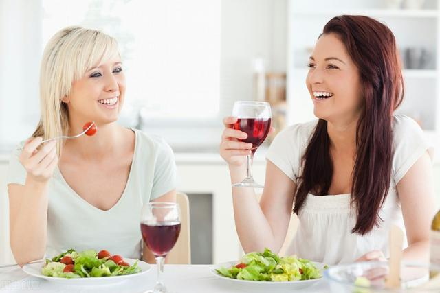 """这7个""""饮食习惯""""很多人都有,很折寿,若都没"""