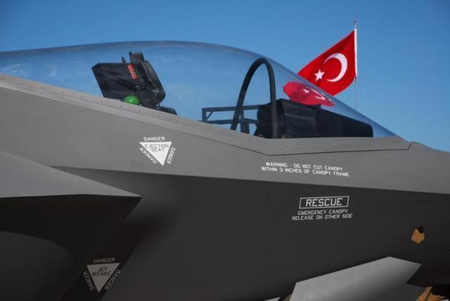 外媒:土耳其不卖S-400给美国,因为埃尔多安最怕一件事