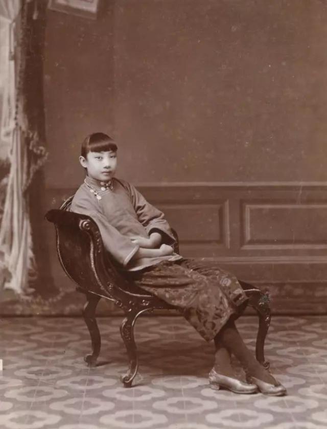 民国电影皇后胡蝶,晚年否认被戴笠包养,中年后有韵味
