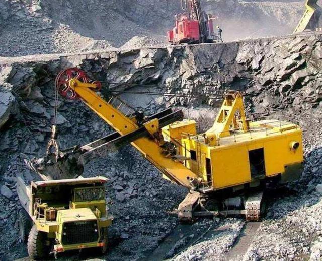 中国宣布决定后,中企获全球最大铁矿开发权!澳洲还能坐得住?