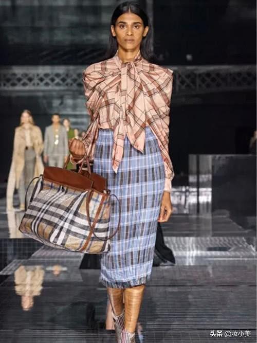 女生的包包一定要拿得出手,这6款包包颜值很高,值得剁手