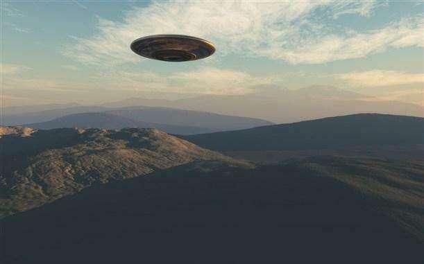 有一种说法是,人类的智商之所以爆发是跟外星人有关