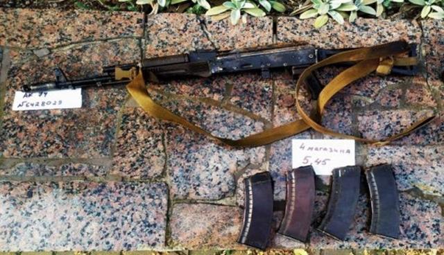 乌克兰民间武装打死两名特种兵,据称是国外志愿者,战斗力很强大
