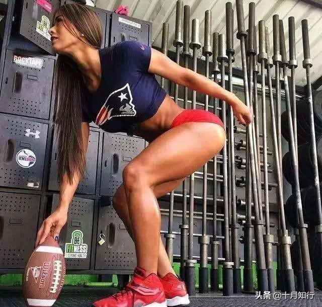 健身可以延緩衰老,44歲的塔蒂亞娜像24,好身材都是努力而來的