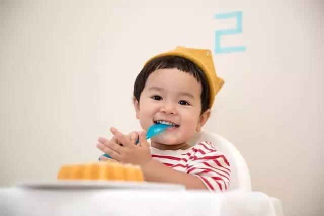 宝宝一直流口水是正常的?别再听信谣言了,一定注意这5件事