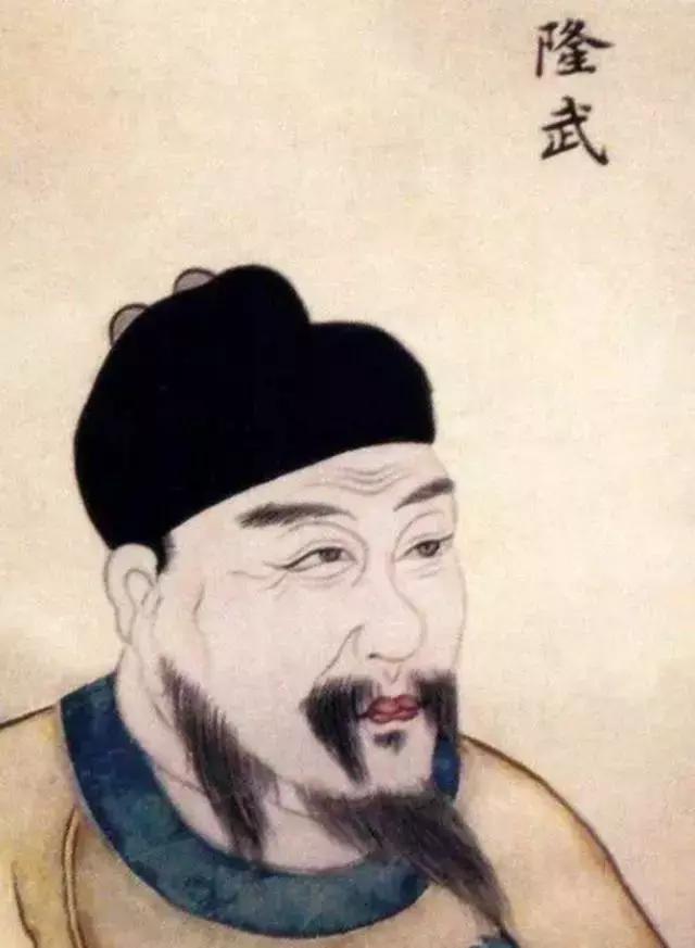 他前后被囚禁了28年,当上皇帝时已经44岁了,最终被乱箭射死