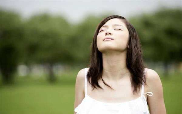 清晨是大肠排便时间,早上排便最养生?排毒时间表到底要不要信