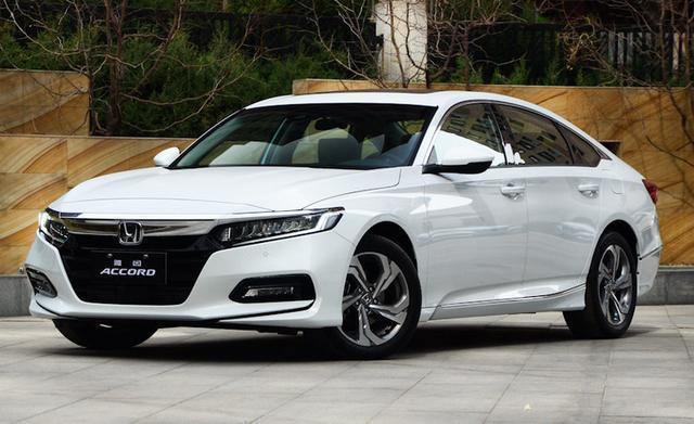 最成功日系B级车,4月销量再次突破2万,比迈腾多卖近9千台!