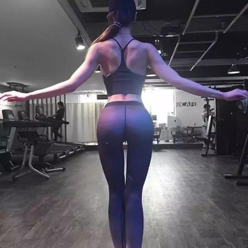 女生為什麼要練背?看完這4幾點,你就會自覺練背了