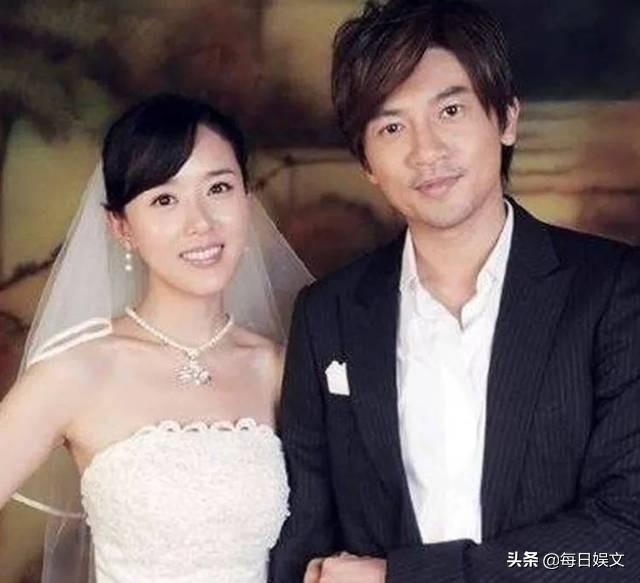 46岁苏有朋两年前已领证结婚,原来男神娶了自己眼皮子底下的女人