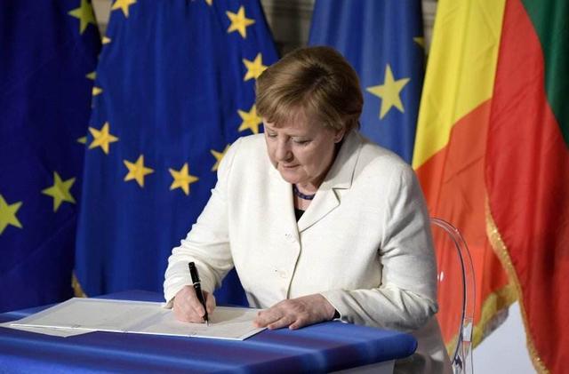 对112亿美元商品征税,又限制美国人入境,美媒:欧盟或激怒特朗普