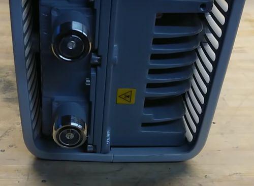 华为基站拆解曝光:PCB设计+高频走线,完美的像艺术品