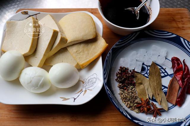 鸡蛋就这样做,不用蒸不用炒不用煎,一次做3个,出锅瞬间被抢光