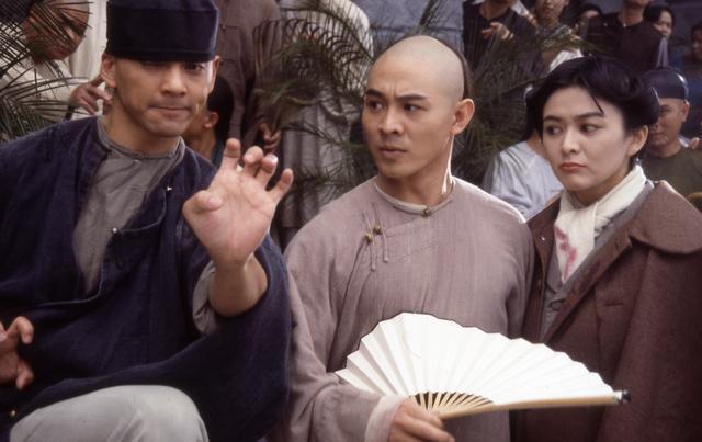 1993年李连杰拍《方世玉》,赵文卓不懂表演,导演支招:斜眼看人