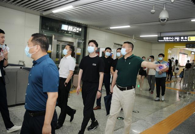 湖南省工商联青年企业家商会走访万家丽国际MALL