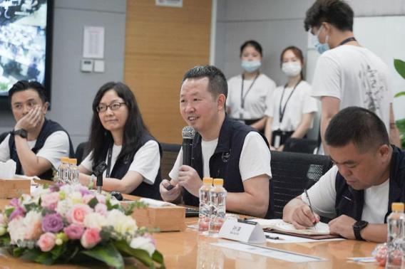 长沙副市长朱东铁率队参访万兴科技与吴太兵董事长座谈软件再出发