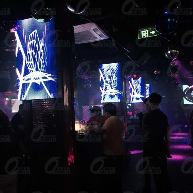 LED大显示打造的时尚酒吧 简直不要太美太酷炫