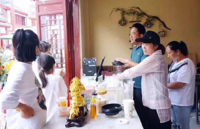 微山湖荷滋味系列原生態飲品受追捧