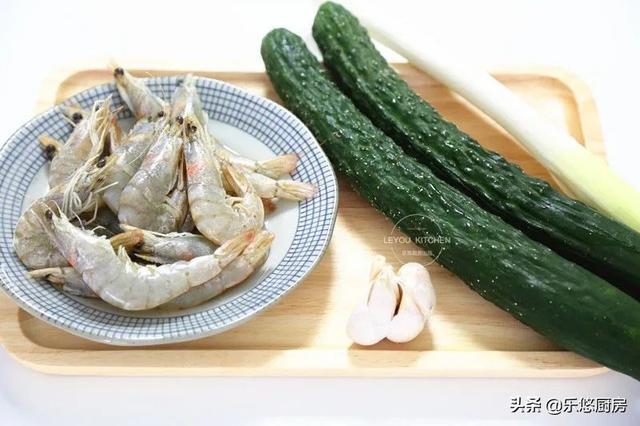 夏天减肥吃这道菜,清爽美味,多吃一点也不用担心长肉