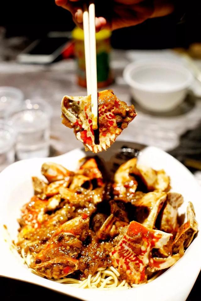 蟹脚面,武汉最特殊的一道宵夜