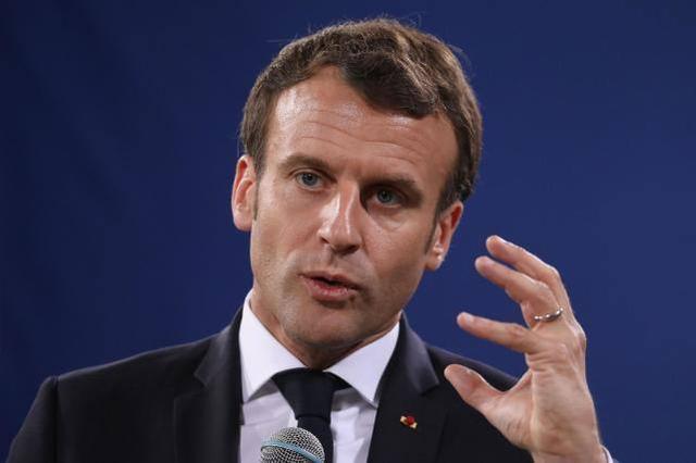 马克龙否认法国支持哈夫塔尔,指责土耳其军事干预利比亚