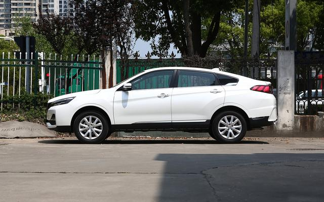 都在模仿宝马X6?9款国产轿跑SUV大横评,谁家能更讨你欢心?