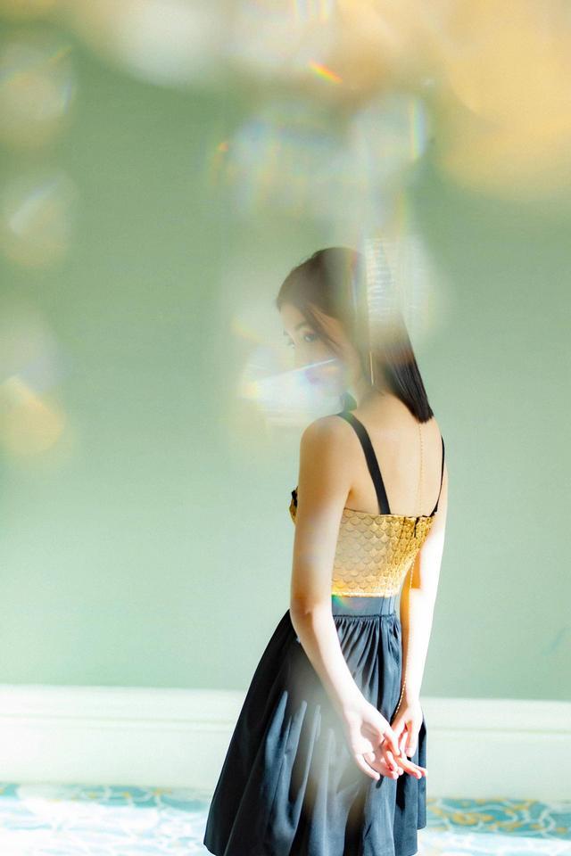 瘦身成功的张子枫时尚开挂,用亲身经历告诉你锻炼的重要性