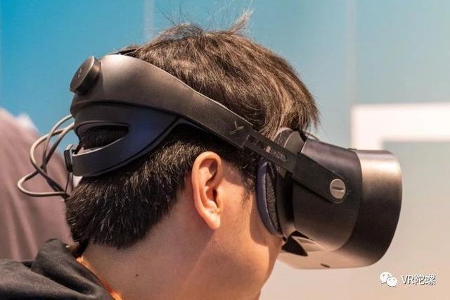 能实现VR与AR之间切换,Varjo 最新头显XR-1评测