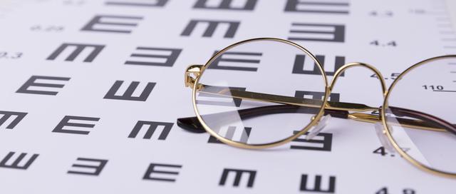 眼镜的价格为什么相差这么大?