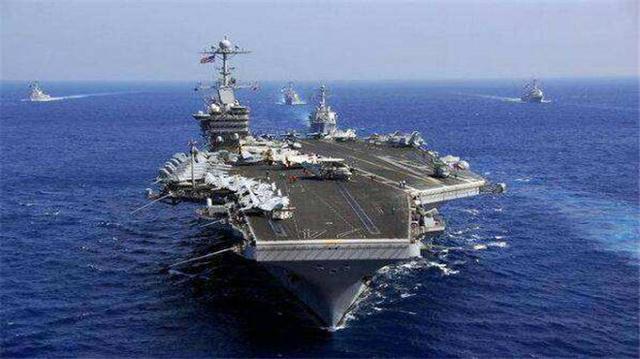 """中国航母再破难关,055型万吨大驱战力倍增,果然是""""国之重器"""""""