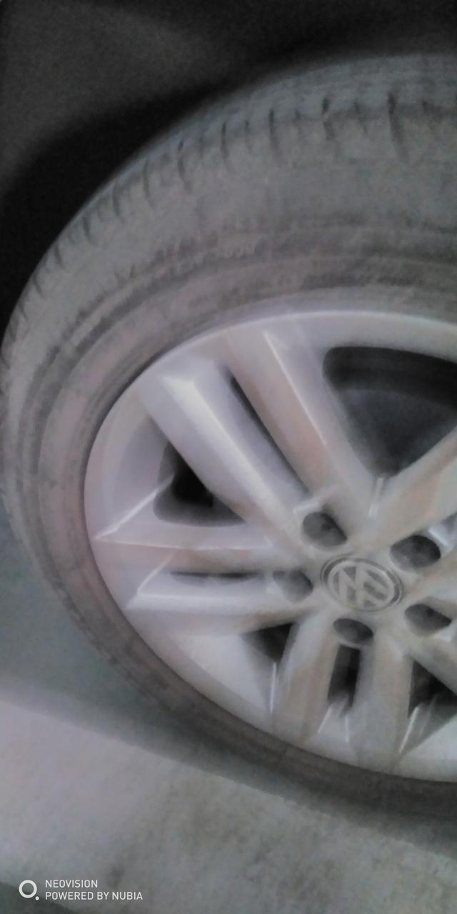 车友们轮胎这样需要换胎嘛???【
