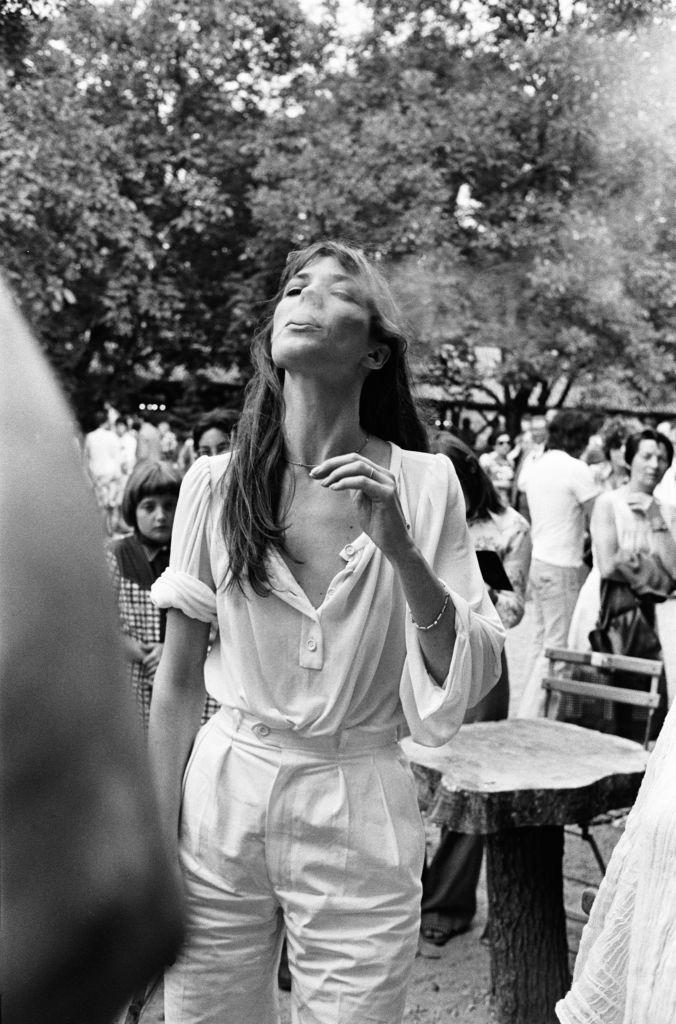 女生都想成为她,出生英国却是法国永远的传奇JANE BIRKIN