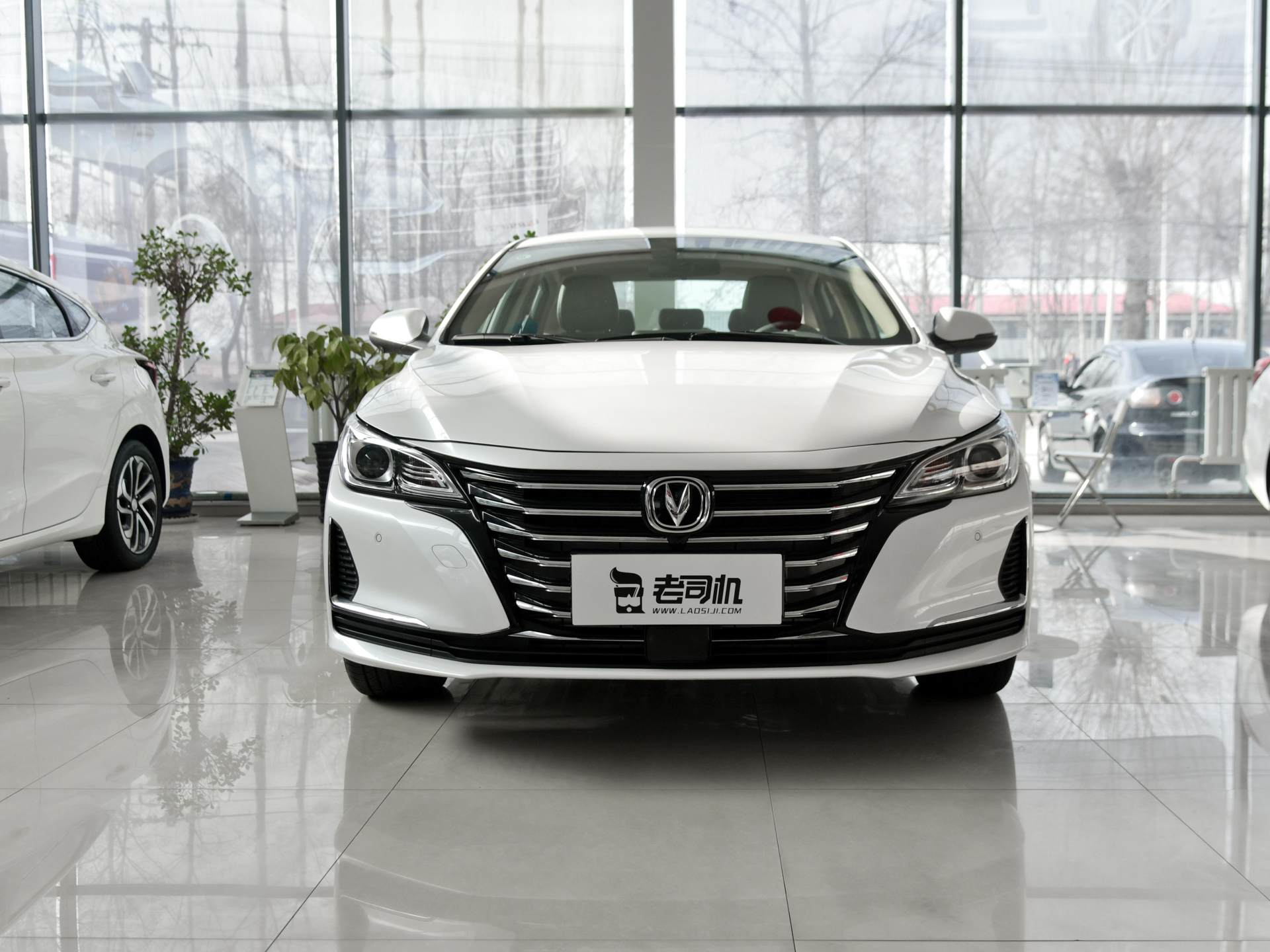 喜欢中型车未必要选雅阁,轴距2770mm,1.5T+6AT,价格10万