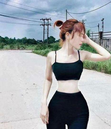 缅甸女孩成为全球腰最细的人 只有34厘米!网友:不羡慕,很吓人!