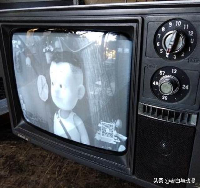 當年90後都是如何追番的,黑白電視、光碟、mp4你用過嗎?