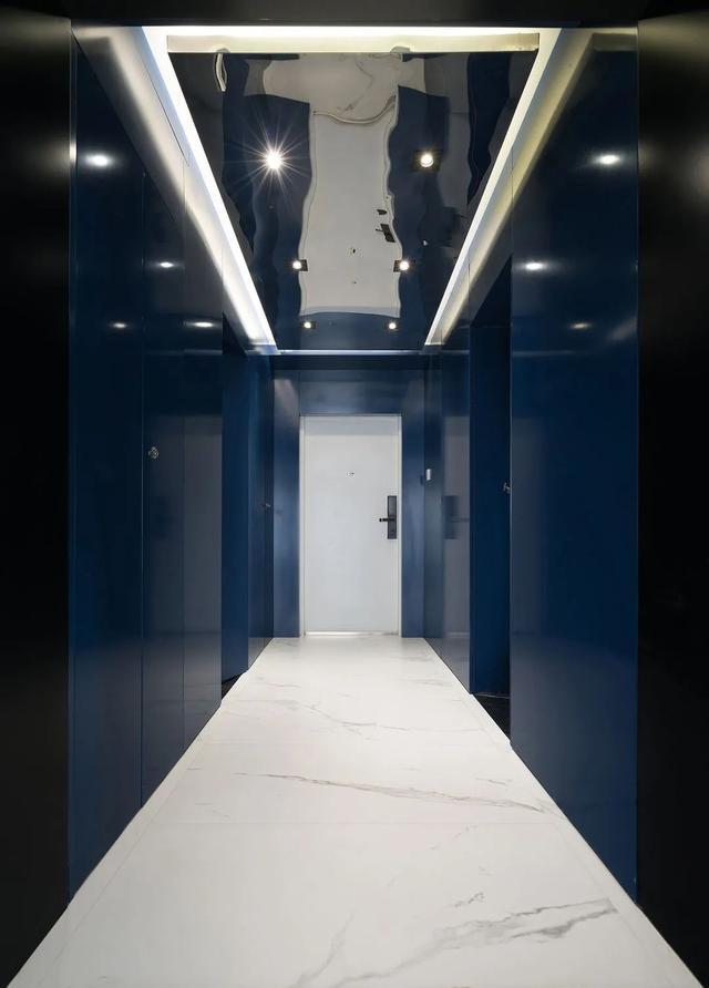 北京夫妻晒出150㎡二手房,毫无豪华感,一进屋却被吸引,太高级
