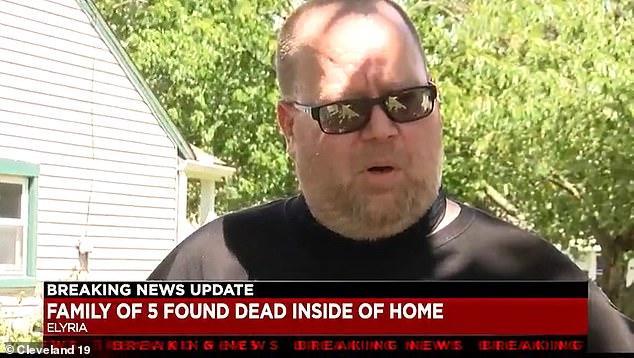 惨剧!美国男子未去上班,警察前往调查,发现其一家五口惨死家中