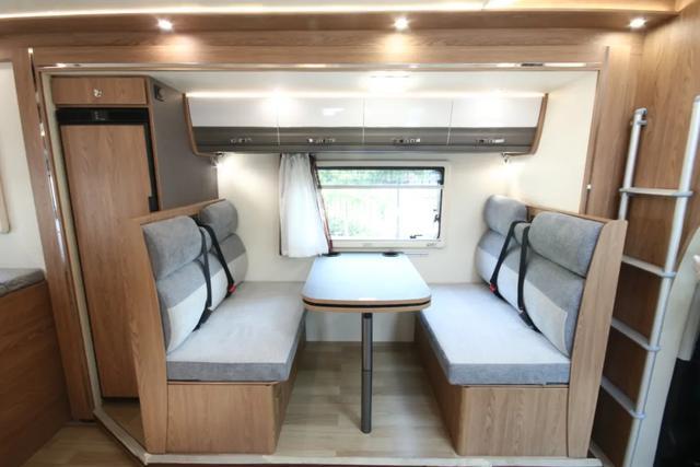 185L+250W+3000W,售价51.8W!后置双人床布局,超大休息空间