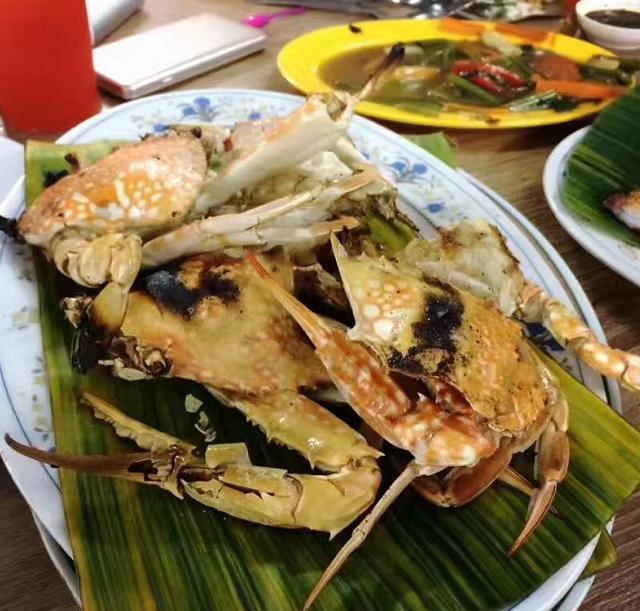 咪酱游马来西亚西亚之闲游吉隆坡 红树林生态公园沙滩吹清爽海风看朝霞 叹烤炭火烤肉餐