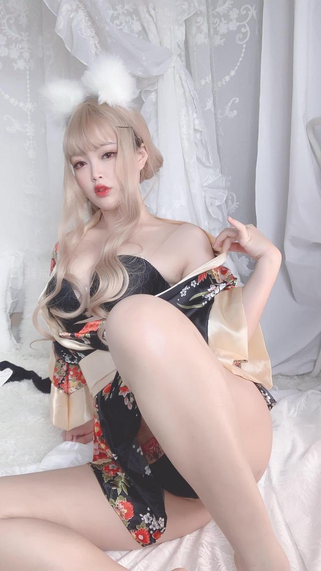 福利姬你烨烨《狐仙女友》[54p]
