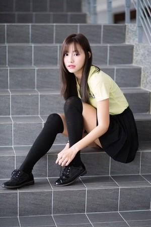 日本制服红遍中国的启示:男爱大腿女爱美,汉服也可以这么推广