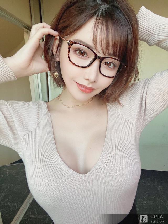 深田咏美挤入FANZA排行榜前五 超三上悠亚和明日花