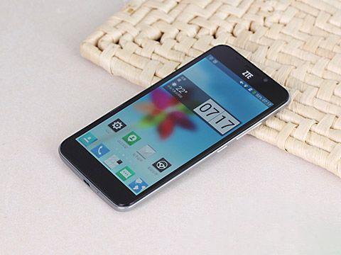 被銷售市場吞沒的手機上   旗艦手機配備   600左右的價錢