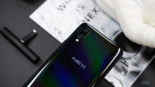 vivo NEX评测:满满的未来与科技感