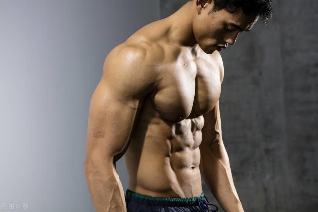 一套最实用的腹部训练,坚持4周,练出男人的六块腹肌  健身 第1张