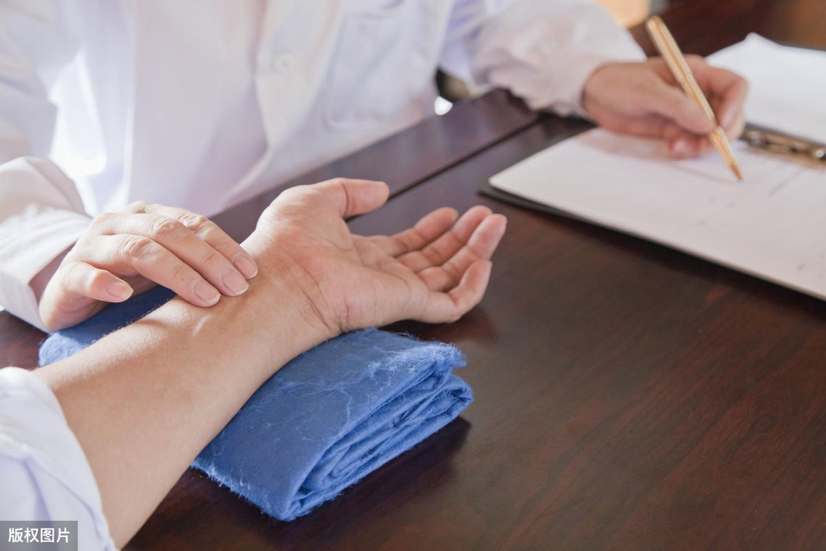 老中医手把手教你把脉,最全的入门脉诊知识,内附详细图解,收藏