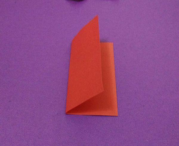 剪喜字步骤图片(双喜的最简单剪法)